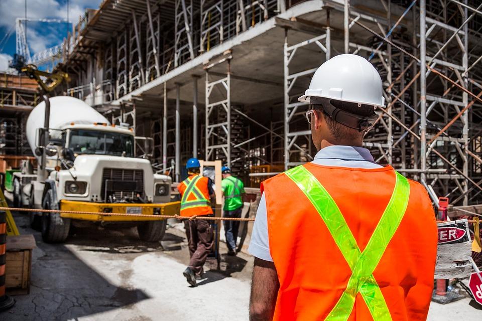 Oprema koja štiti glavu je najvažnija oprema koju radnik može nositi