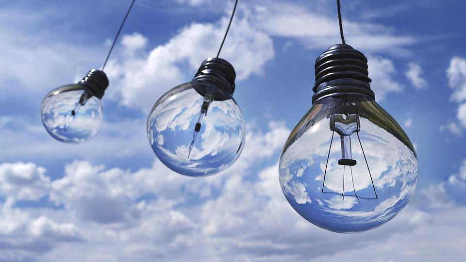 Klasična sijalica u toku jedne godine potroši 4-5 puta više energije od štedne sijalice