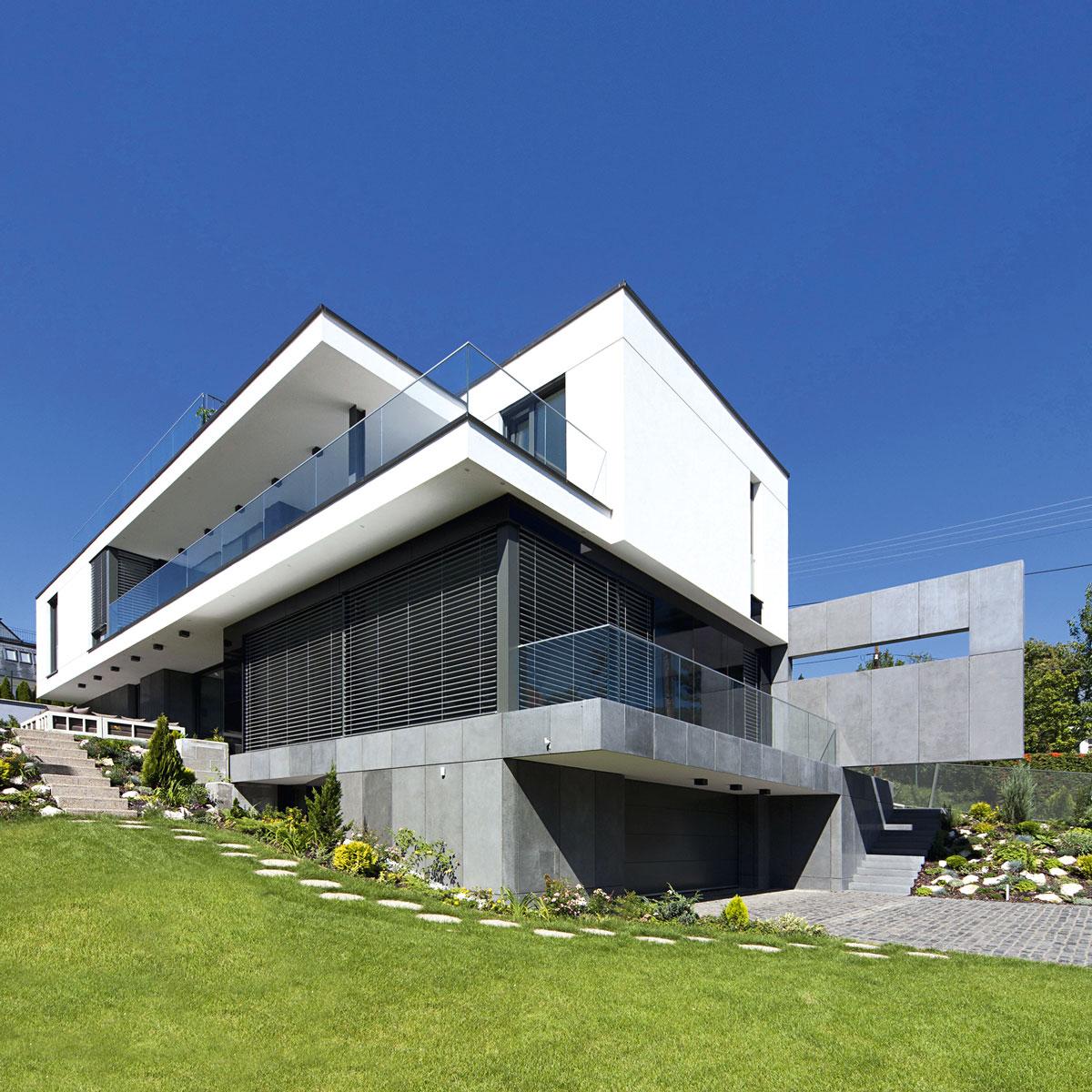 Fasada je naziv za spoljašnji vidljivi deo neke građevine