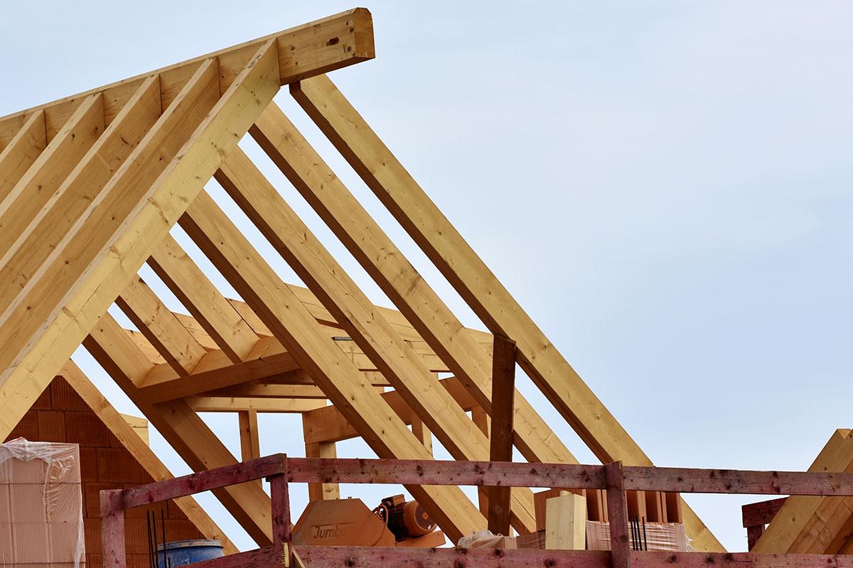 Krovna konstrukcija, odabir materijala za izgradnju krova