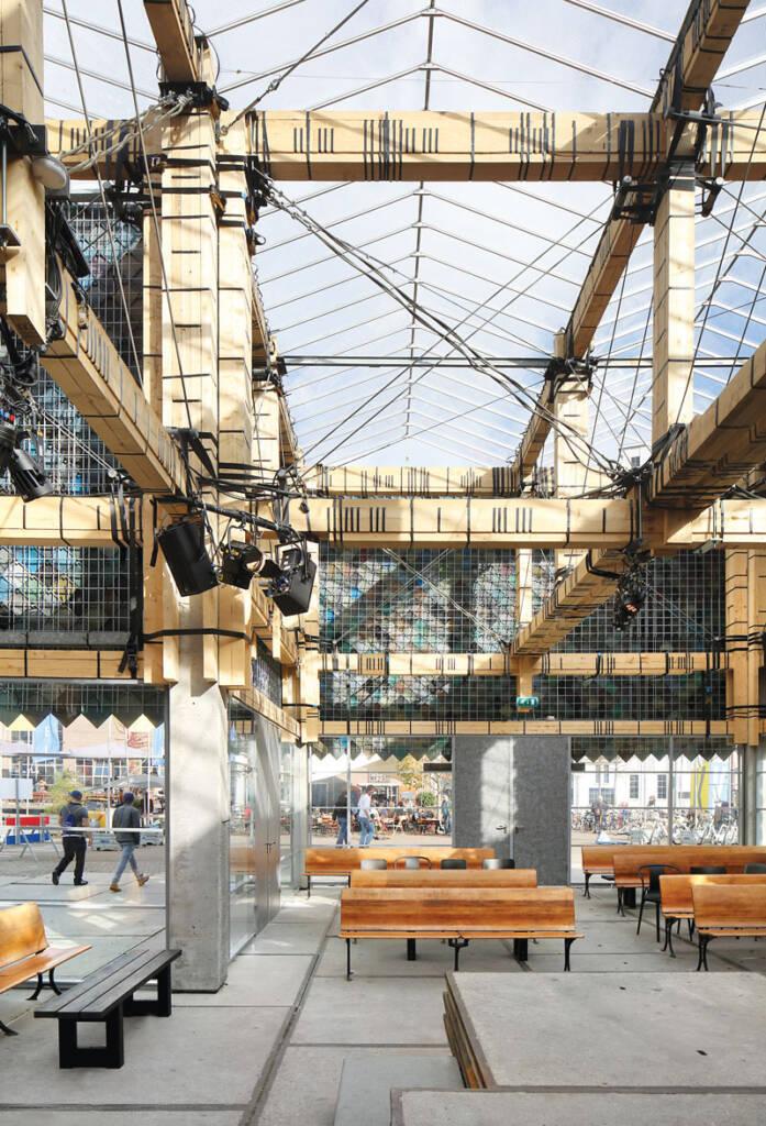 Foto: www.dezzen.com/ People's Pavillion, Filip Dujardin fasada od reciklirane plastike