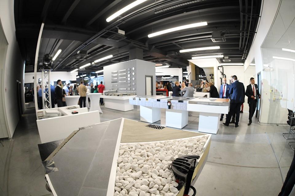 ACO kompanija otvorila izložbeni prostor