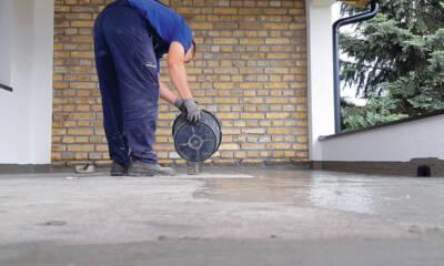 Građevinski radnik - hidroizolacija terase