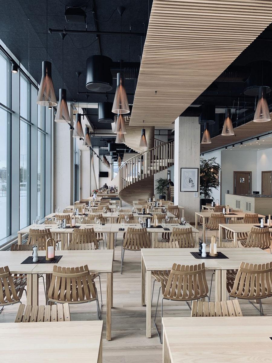 Mjøstårnet drveni neboder u Norveškoj - enterijer, restoran
