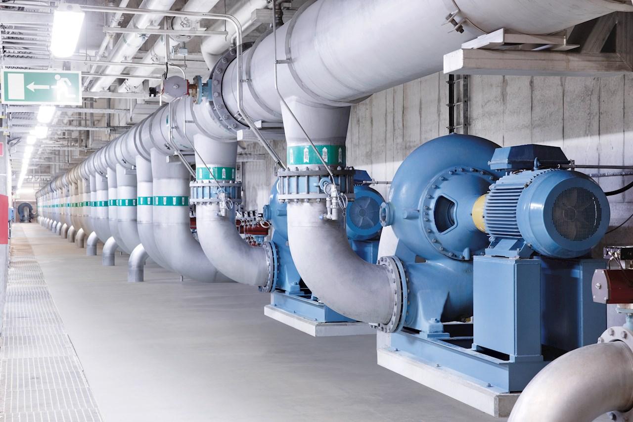 Pumpne aplikacije poput ove su široko rasprostranjene u svim granama industrije, kao i u zgradama, i prioritet su za ostvarivanje ušteda u potrošnji energije.